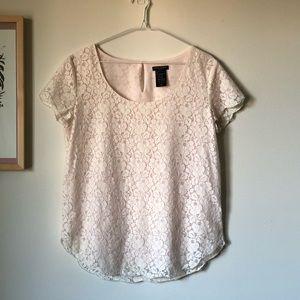 Aritzia Talula Betsy blouse lace top - size Medium
